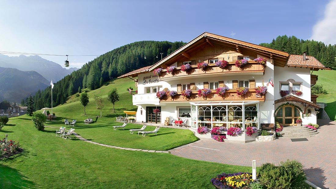 Garni hotel la bercia selva val gardena wolkenstein gr den for Wolkenstein design hotel